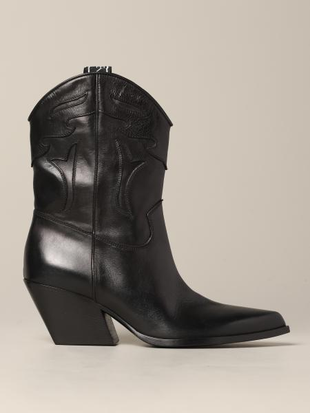 Elena Iachi boot in texas style leather