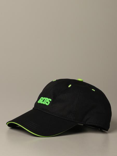 Hat men Gcds