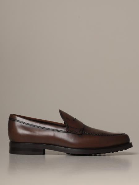 Tod's loafers in leather with rubber sole