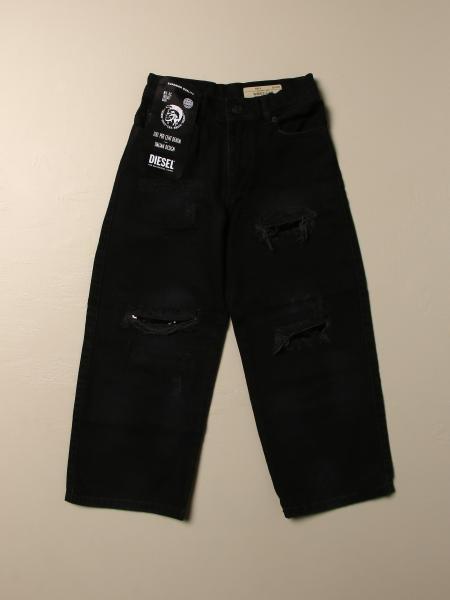 Jeans Diesel in denim a 5 tasche con rotture
