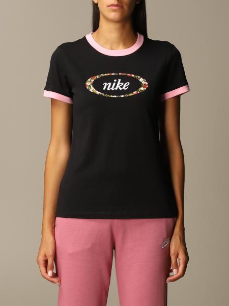 Футболка Женское Nike