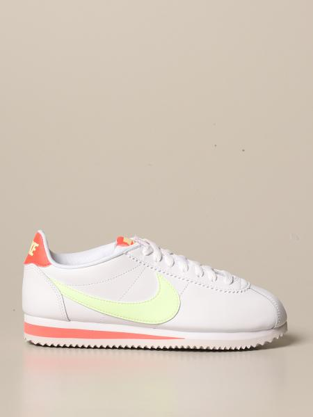 Спортивная обувь Женское Nike