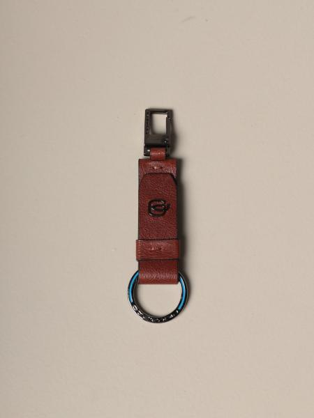 Piquadro keychain with carabiner