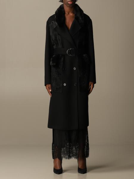 S.w.o.r.d.: Long coat S.w.o.r.d. of fur