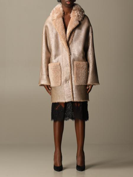 S.w.o.r.d.: Fur coat S.w.o.r.d. reversible