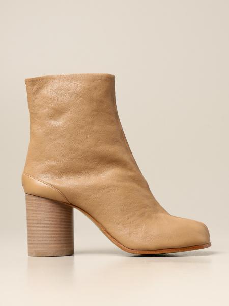 Maison Margiela: Maison Margiela Tabi split leather ankle boot
