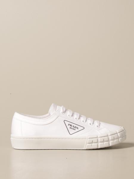 Sneakers Prada in tela con logo triangolare