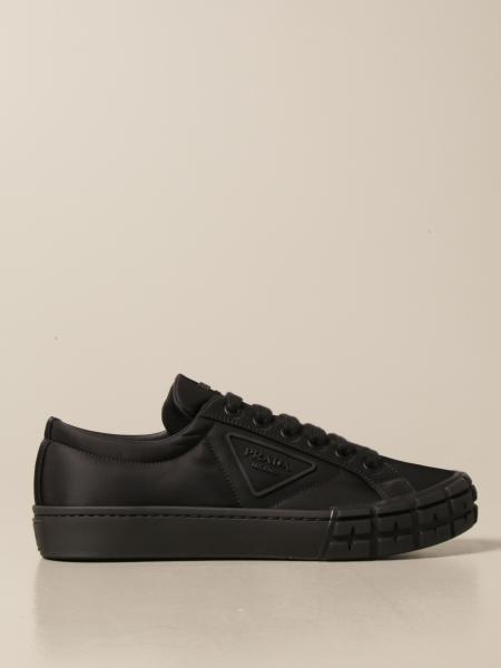 Sneakers Prada in gabardine re-nylon con logo triangolare