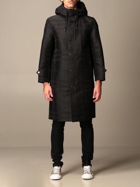 Cappotto Burberry in cotone tecnico con motivo tartan e grafica globo
