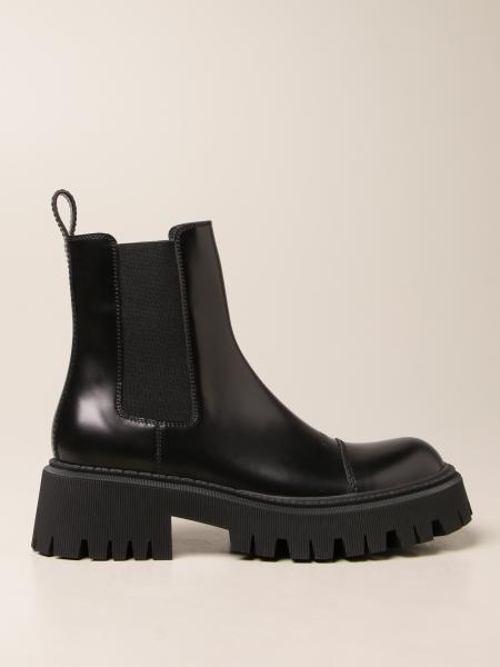 Balenciaga: Balenciaga 牛皮踝靴