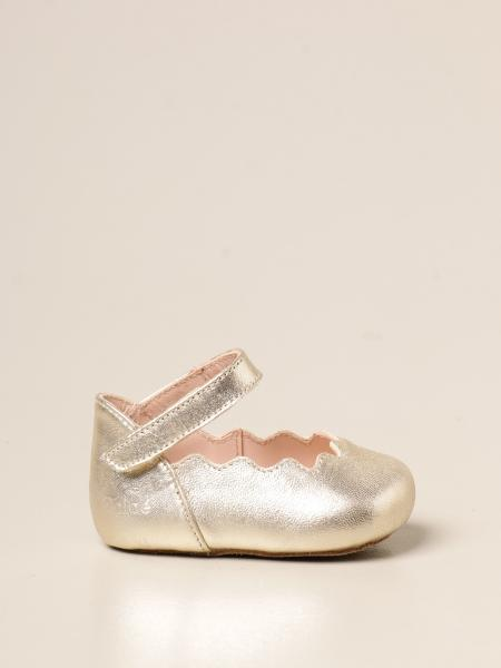 Chloé: Chloé shoe in laminated leather with velcro strap