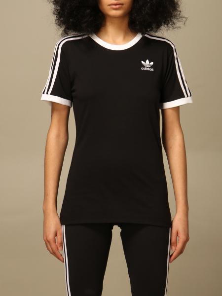 Adidas ЖЕНСКОЕ: Футболка Женское Adidas Originals