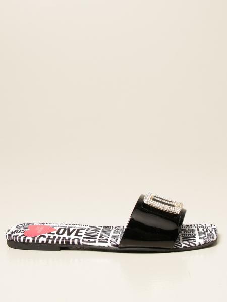 Sandalo flat Love Moschino in vernice