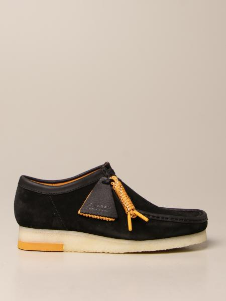 Clarks: Scarpa Wallabee Clarks Originals in suede