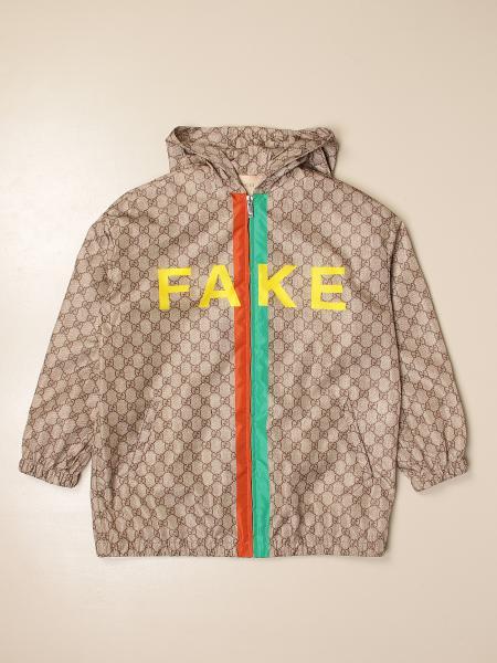 Giacca di nylon Gucci con cappuccio e maxi logo Not Fake