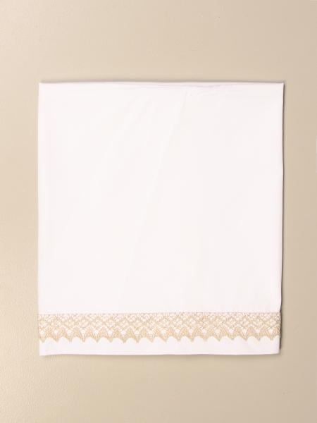 Light color sheets set with embroidery