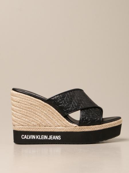 Босоножки на каблуке Женское Calvin Klein Jeans