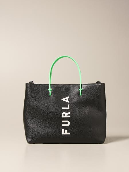 Furla: Essential Furla bag in hammered leather