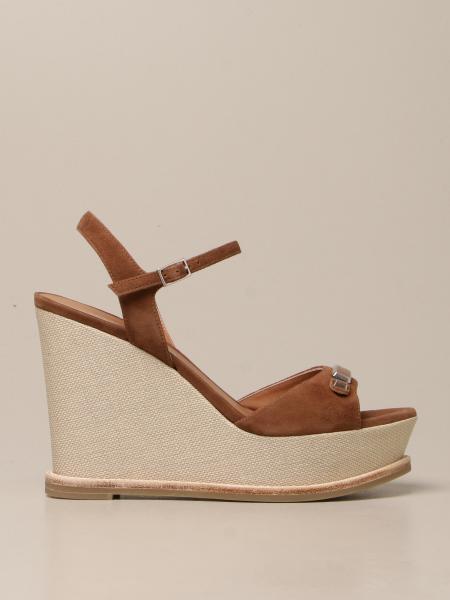Босоножки на каблуке Женское Emporio Armani