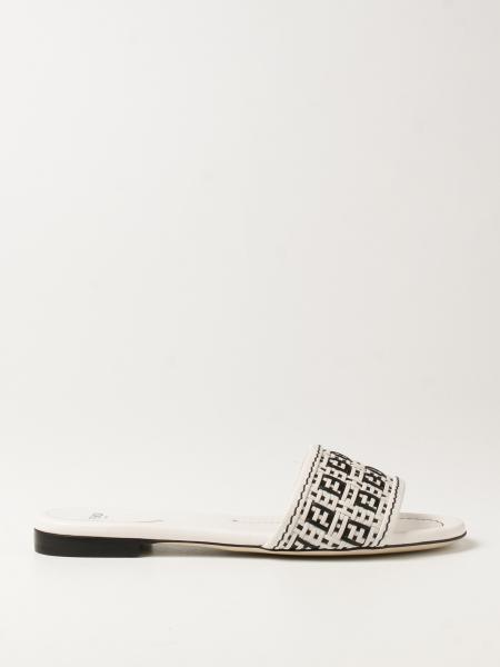 Обувь без каблука Женское Fendi