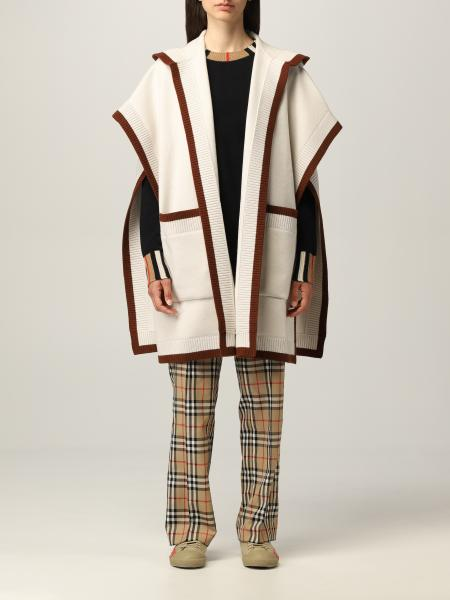 Burberry hooded cape in wool and cashmere with jacquard graphics