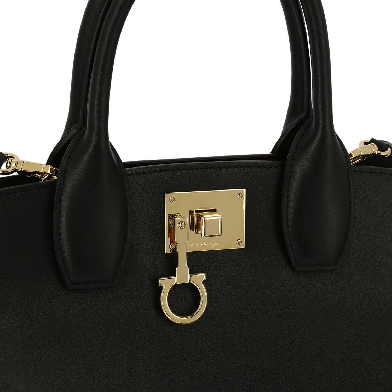 Handtasche Salvatore Ferragamo: Schultertasche damen Salvatore Ferragamo schwarz 4