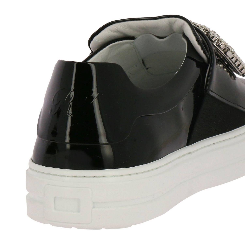Shoes women Roger Vivier black 4