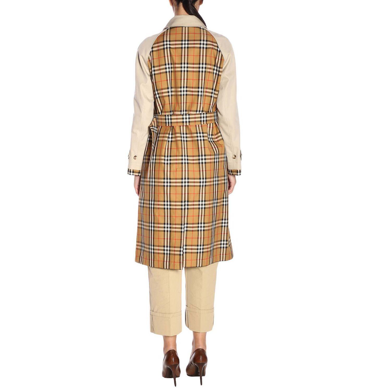 Trench coat Guiseley lungo in gabardine bimateriale con dettagli check Burberry beige 3