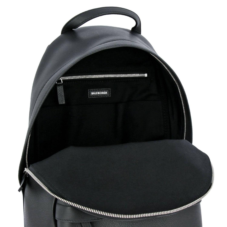 lotería rescate Apretar  Shoulder bag women Balenciaga | Backpack Balenciaga Women Black | Backpack  Balenciaga 552379 DLQ4N Giglio EN