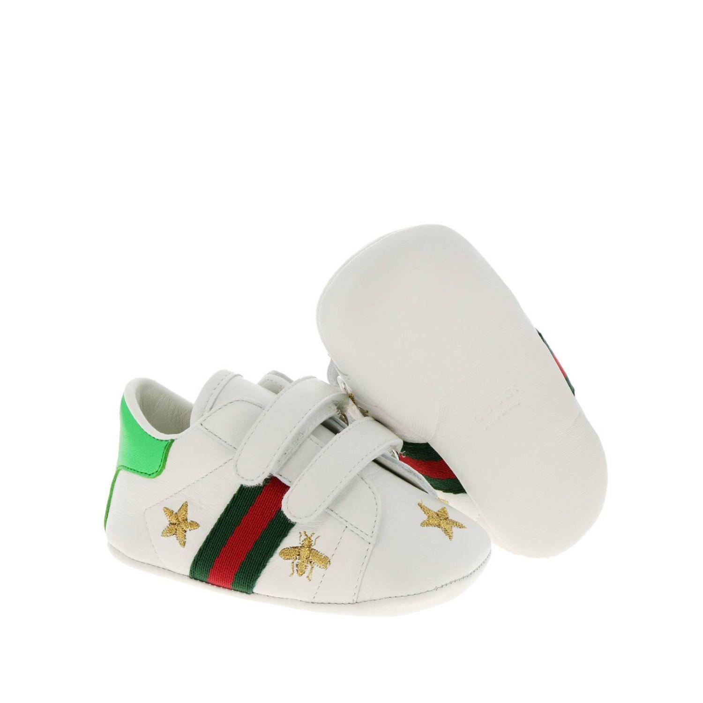 Sneakers New Ace  in pelle liscia con fasce Web Gucci e ricami lurex di Api e stelle bianco 2