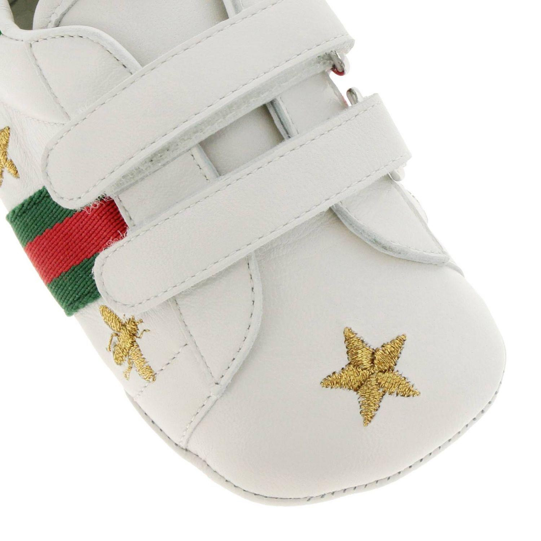 Sneakers New Ace  in pelle liscia con fasce Web Gucci e ricami lurex di Api e stelle bianco 3