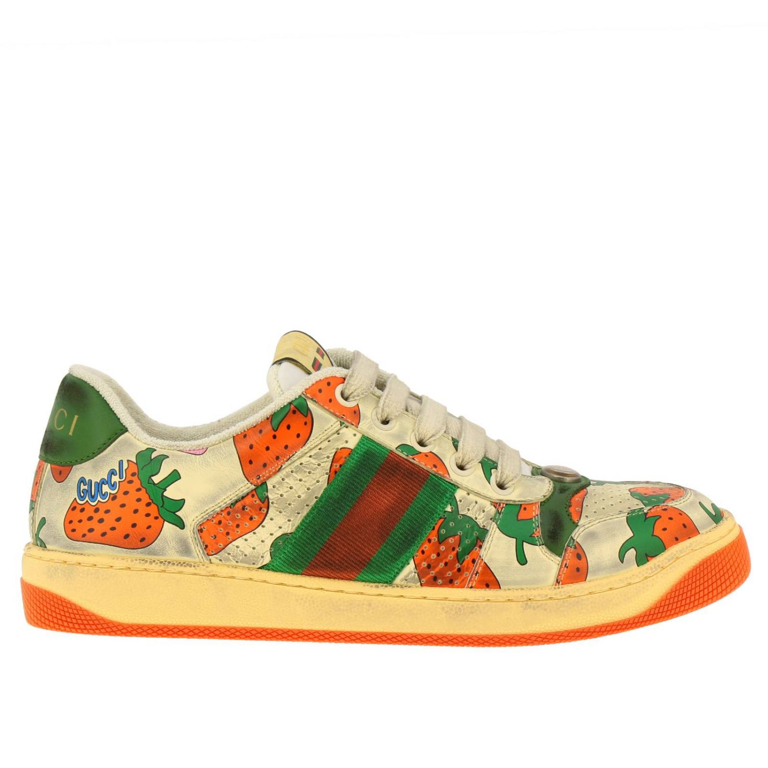 Sneakers Virtus Gucci in pelle vintage con stampa fragole all over bianco 1