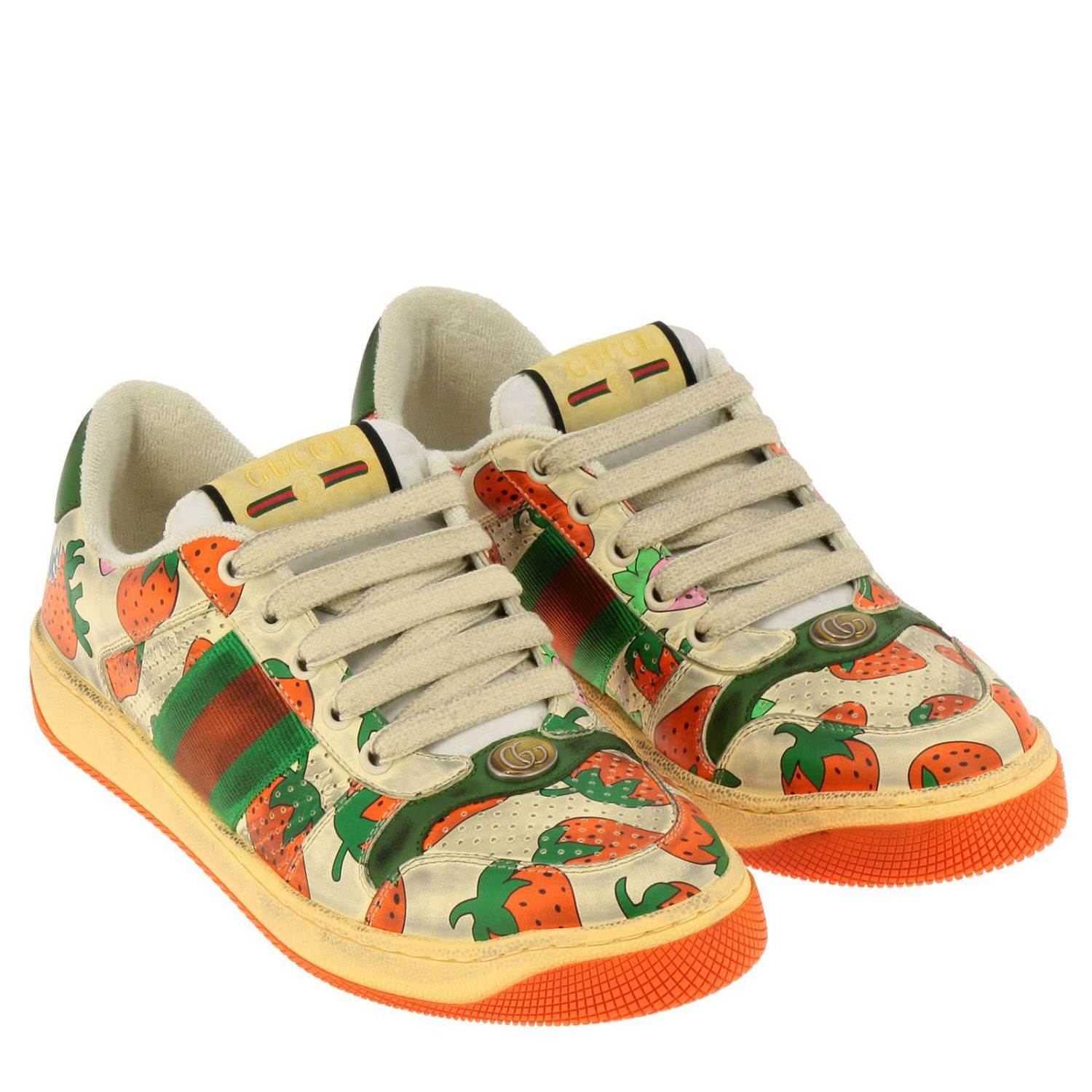 Sneakers Virtus Gucci in pelle vintage con stampa fragole all over bianco 2