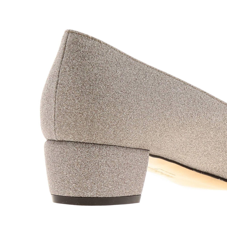 Туфли Vara Salvatore Ferragamo из блестящей ткани с бантом Vara платиновый 4
