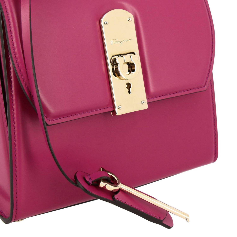 Boxyz kleine Salvatore Ferragamo Tasche aus Glattleder mit Metallschloss fuchsia 4