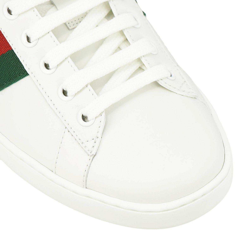Sneakers New Ace stringata in pelle liscia con fasce Web Gucci e ricamo lurex Ape bianco 3