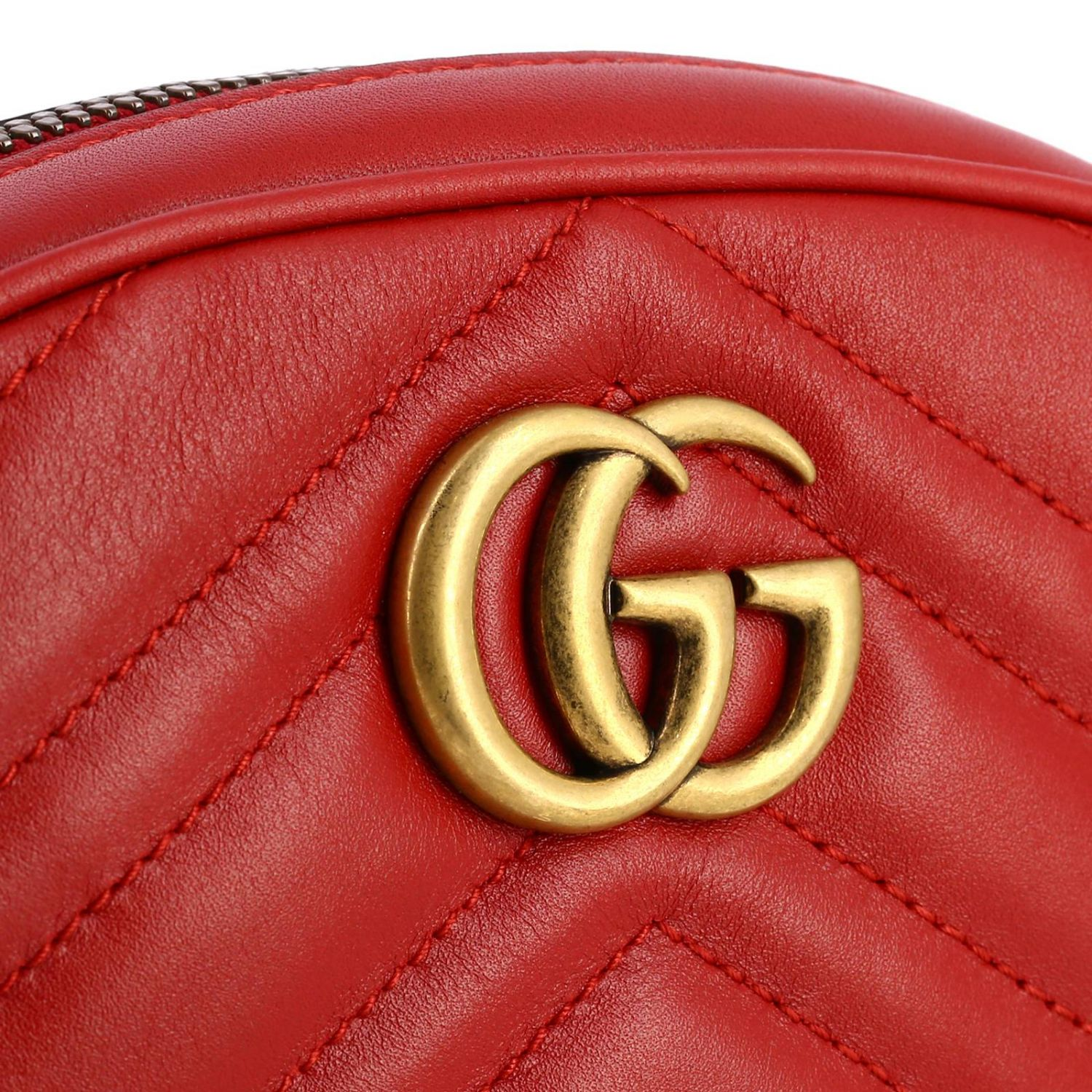 GG Marmont Gucci leather pouch in quilted chevron red 4