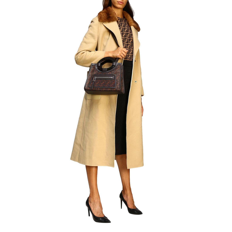 Shoulder bag women Fendi tobacco 2