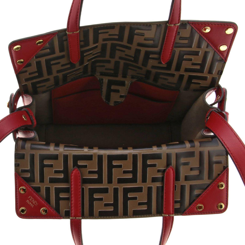 Fendi小号手提包采用哑光皮革制成,配有FF细节 红色 6