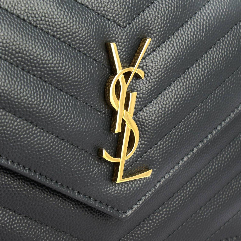 Borsa Monogram envelope chain wallet in pelle grain de poudre trapuntata con logo YSL Saint Laurent antracite 4