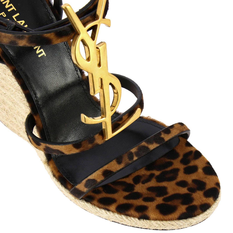 Saint Laurent Cassandra 凉鞋,采用动物纹马皮,配有YSL 棕色 3