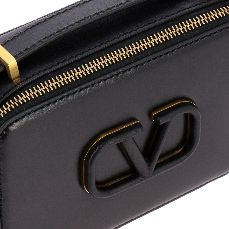 Valentino Garavani VLogo Kameratasche aus Leder schwarz 4