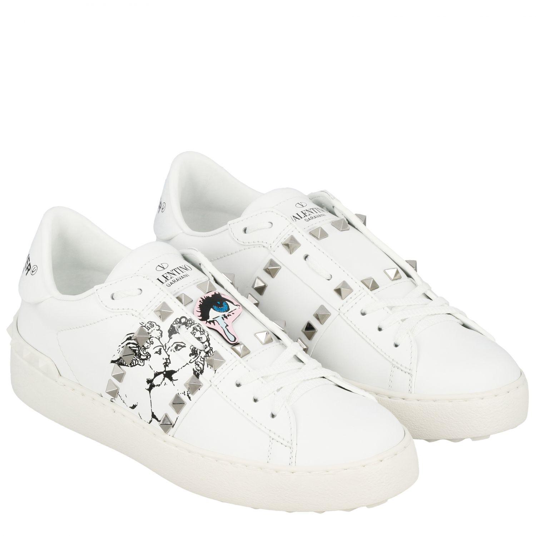 Sneakers Undercover Rockstud Valentino Garavani stringata in vera pelle con borchie bianco 2
