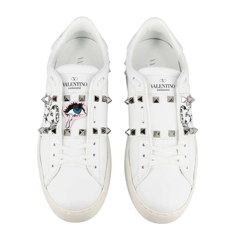 Sneakers Undercover Rockstud Valentino Garavani stringata in vera pelle con borchie bianco 3