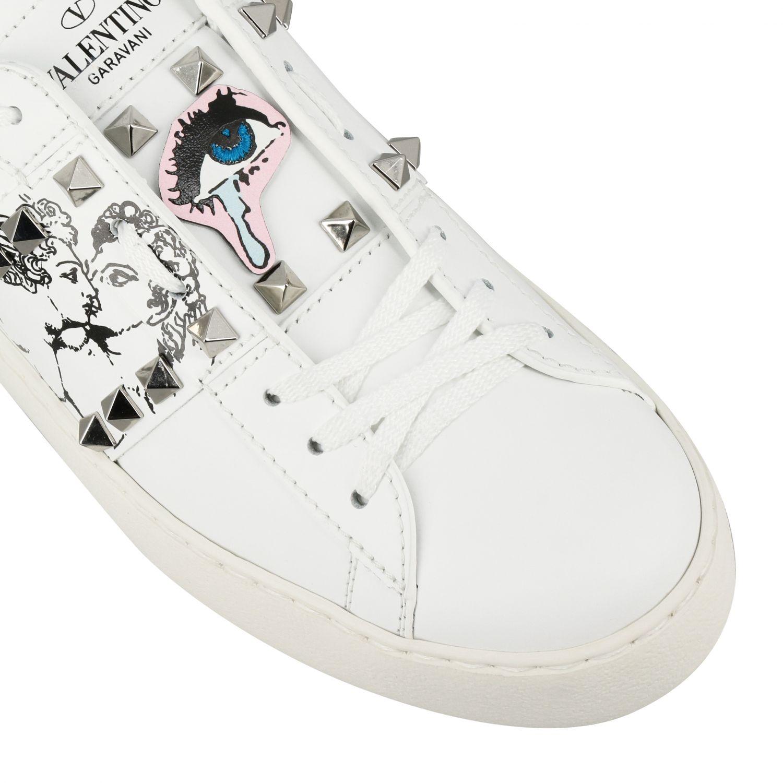Sneakers Undercover Rockstud Valentino Garavani stringata in vera pelle con borchie bianco 4