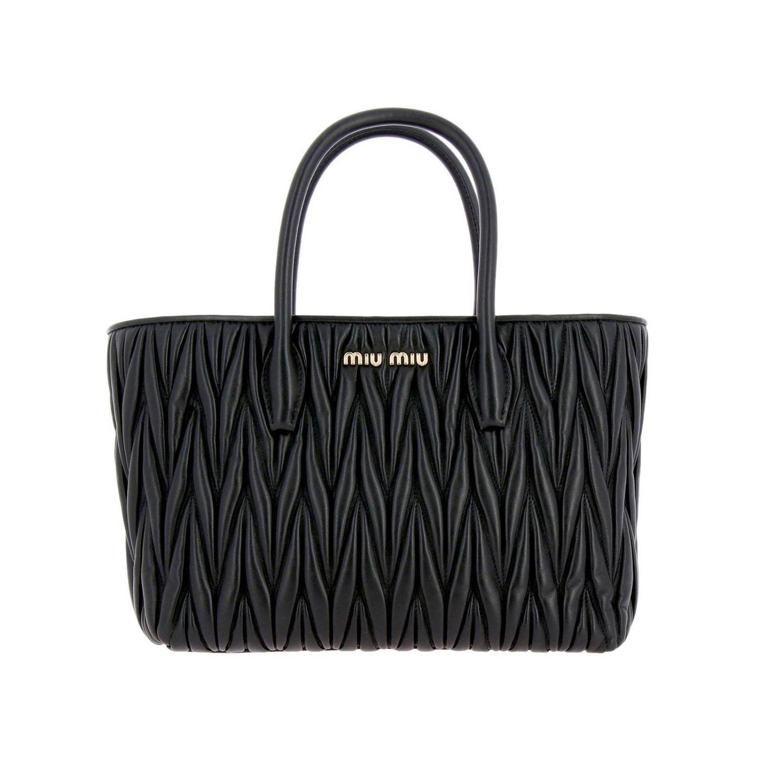 Borsa Miu Miu shopping bag in pelle matelassé con logo Miu Miu nero 1