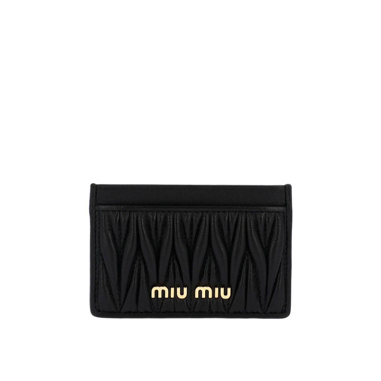 Porta carte di credito in vera pelle soft matelassé con logo Miu Miu nero 1