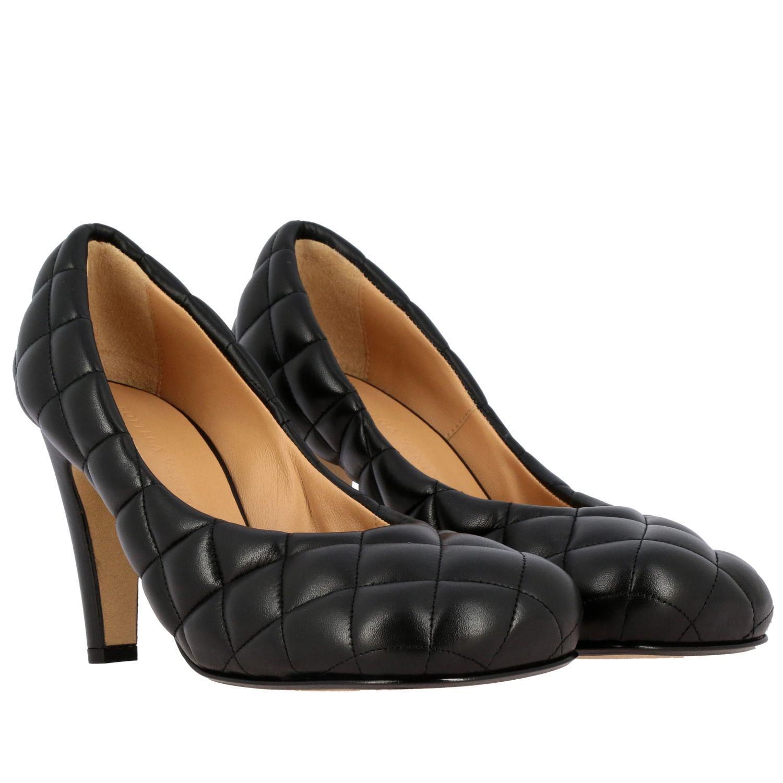 Туфли-лодочки Bottega Veneta: Туфли Padded Bottega Veneta из тисненой кожи черный 2