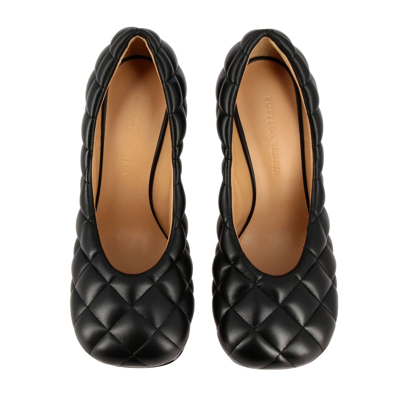Туфли-лодочки Bottega Veneta: Туфли Padded Bottega Veneta из тисненой кожи черный 3