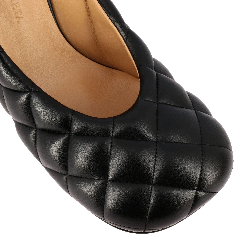 Туфли-лодочки Bottega Veneta: Туфли Padded Bottega Veneta из тисненой кожи черный 4